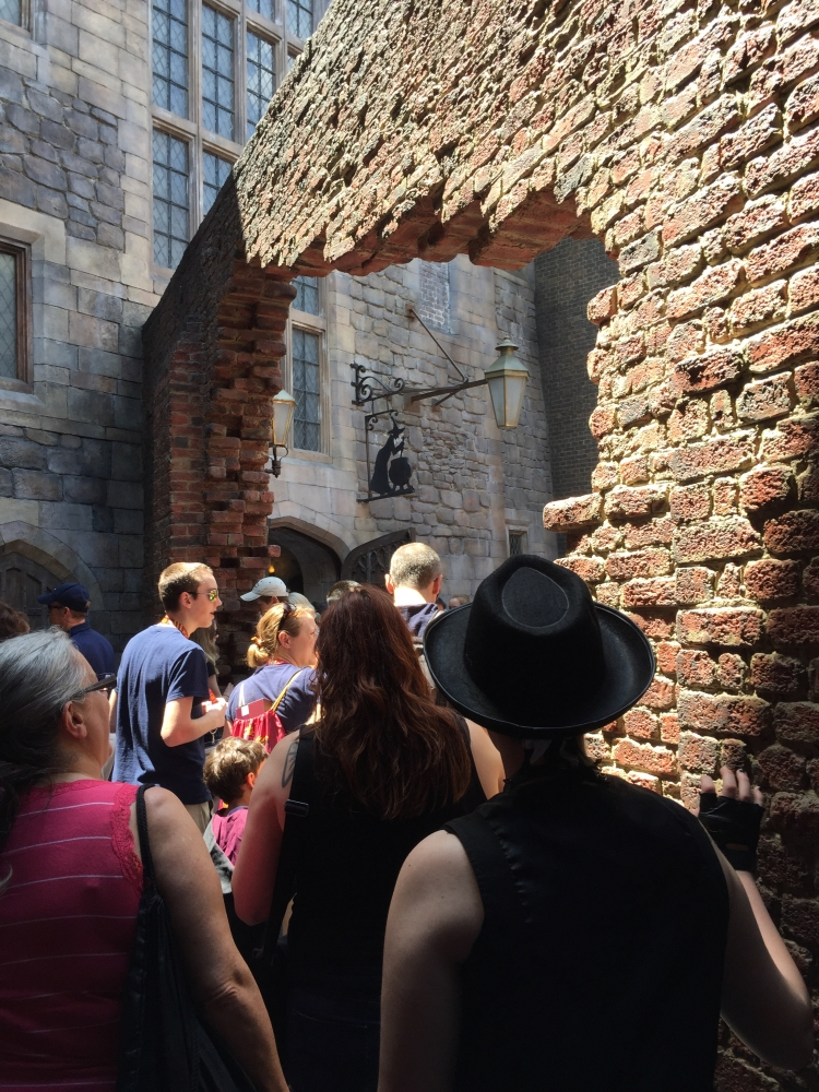 Bricks leading into Diagon Alley